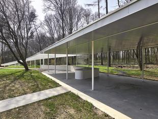 Pawilon w arboretum SGGW w Rogowie